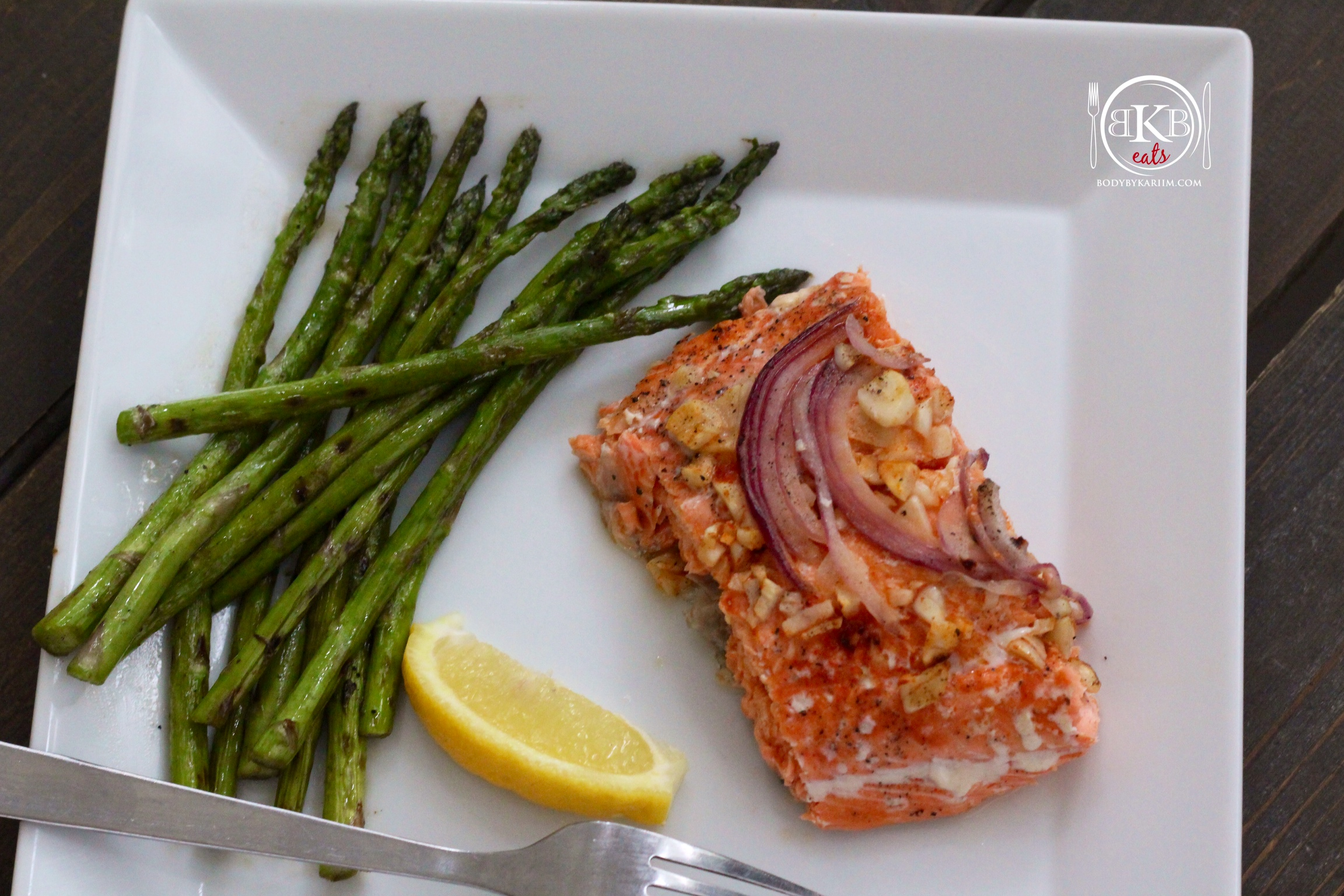 wc salmon & garlic asparagus